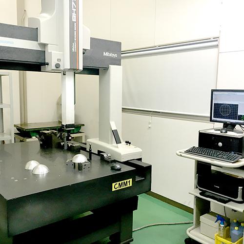 3次元測定器ミツトヨ